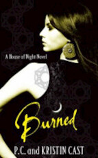 Burned - P. C. Cast, Kristin Cast (ISBN 9781905654819)