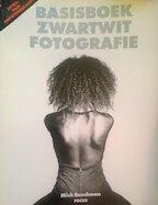 Basisboek zwartwit fotografie - Mich Buschman (ISBN 9789072216397)