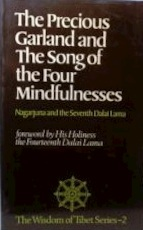 The Precious Garland and songs of the Four Mindfullnesses - Nāgārjuna, Seventh Dalai Lama (ISBN 9780042940892)