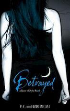 Betrayed - P.c. Cast (ISBN 9781905654321)