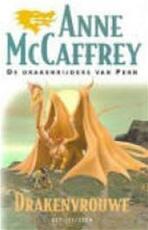 Drakenvrouwe - Anne Mccaffrey, Karin Langeveld (ISBN 9789027468390)