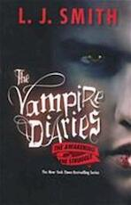 The Vampire Diaries / The Awakening and the Struggle - L.j. Smith (ISBN 9780061140976)