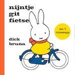 nijntje git fietse ien 't nimweegs - Dick Bruna (ISBN 9789056153991)