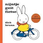Nijntje geit fietse in 't mestreechs - Dick Bruna