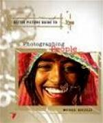 Mensen en portretten - Michael Busselle, Aat van Uijen, Martha Cazemier (ISBN 9789057640971)