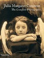 Julia Margaret Cameron - Julian Cox, Colin Ford, Joanne Lukitsh, Julia Margaret Cameron, Philippa Wright (ISBN 9780500542651)