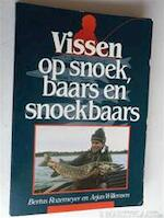 Vissen op snoek, baars en snoekbaars - Bertus Rozemeijer, Arjan Willemsen, W.A. Alphenaar (ISBN 9789010042149)