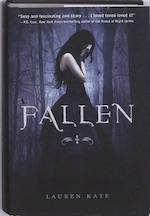 Fallen - Lauren Kate (ISBN 9780385738934)