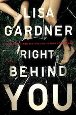 Right Behind You - Lisa Gardner (ISBN 9780525954583)