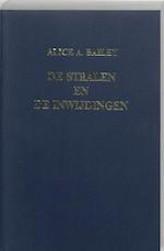 De stralen en de inwijdingen - Alice Anne Bailey (ISBN 9789062718405)