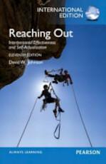 Reaching Out - David W. Johnson, Md Dr David H Johnson (ISBN 9780133347401)