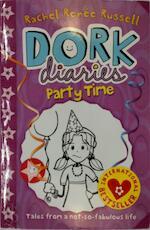 Dork Diaries Party Time - Rachel Renee Russell (ISBN 9780857074768)