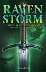 Ravenstorm / 1 De vlucht van de Slaaf - Bernhard Hennen (ISBN 9789024533190)