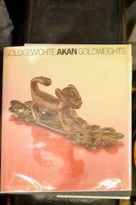 goldgewichte akan goldweights - C. vom Graffenried (ISBN 3716506915)