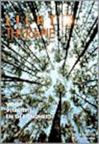 Lichttherapie voor vitaliteit en gezondheid - I. Frohling, B. Jacoby (ISBN 9789060306123)